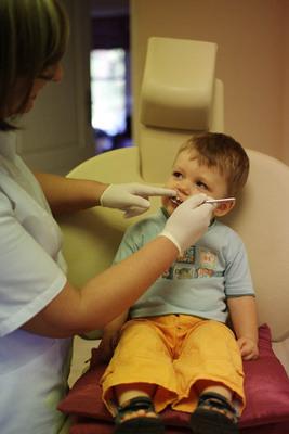Stomatolog dla dziecka,